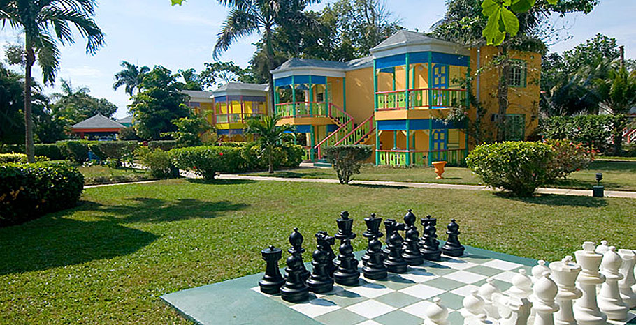 Grand Pineapple all inclusive vacations Negril Colorful Cottages